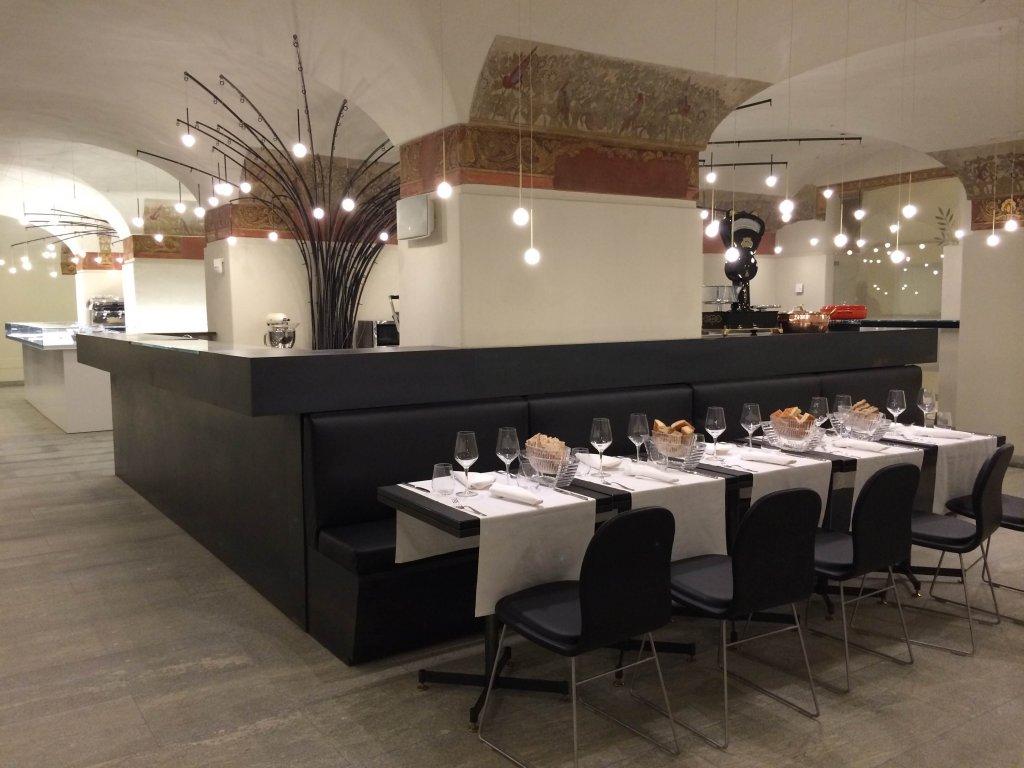 Great cappellini arreda le cucine di villa reale a monza mfm music fashion must with cappellini - Cappellini cucine ...
